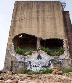 Skull Street Art :