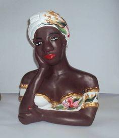 Namoradeira M branca com turbante material: gesso R$ 59,00