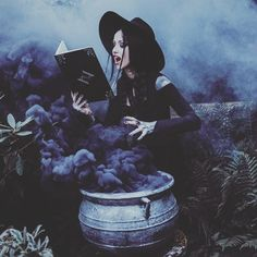 Book Of Shadows Journal Halloween Photography, Fantasy Photography, Creepy Photography, Smoke Bomb Photography, Horror Photography, Halloween Fotografie, Images Esthétiques, Rauch Fotografie, Digital Foto