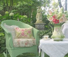 pistachio green wicker chair in the garden @rubylanecom #VintageGarden #rubylane
