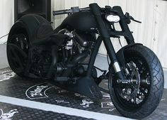Harley-Davidson Custom chopper matt black