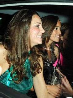 Kate Middleton Photos Photos - Kate Middleton at The Day-Glo Midnight Roller Disco - fundraiser, held at the Renaissance Rooms in London. - The Day-Glo Midnight Roller Disco Fundraiser Middleton Family, Kate Middleton Photos, Pippa Middleton, Prince William And Kate, William Kate, Princess Kate, Princess Charlotte, Duchess Kate, Duchess Of Cambridge