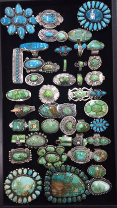 ' That's how turquoise was called by some Native American tribes. Wearing pieces of sky in a turquoise necklace is a provocative and attractive idea. Western Jewelry, Ethnic Jewelry, Boho Jewelry, Silver Jewelry, Vintage Jewelry, Silver Ring, Silver Earrings, Jewlery, Fashion Jewelry