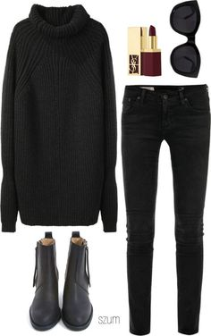 All black outfit // sweater + black jeans + black ankle boots