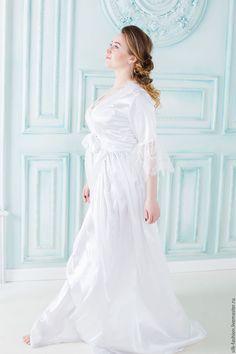 56a0510e84f Купить или заказать Будуарное платье для утра невесты в интернет-магазине  на Ярмарке Мастеров.