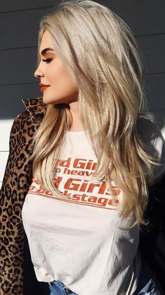 5 Best Celebrity Hair Colors To Try : Hair Color Ideas and Styles for 2019 Mode Kylie Jenner, Trajes Kylie Jenner, Looks Kylie Jenner, Kylie Jenner Outfits, Celebrity Hairstyles, Cool Hairstyles, Hair Color 2016, Kardashian, Platinum Blonde Hair Color