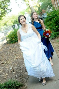 Fall wedding bride and maid of honor, sister