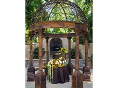 Westlake Village Inn garden weddings Los Angeles wedding location 91361 -repinned from Los Angeles County and Orange County ceremony officiant https://OfficiantGuy.com