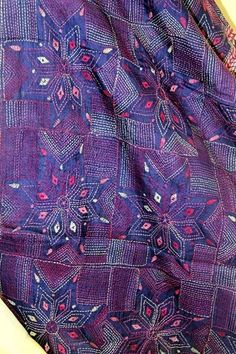 Artisans of India features - Indian handmade items such as Banjara Bags, Shawls, Nakshi Kantha, Ikat Duvet Cover and Kantha Quilts. Hand Embroidery Stitches, Hand Embroidery Designs, Embroidery Patterns, Kantha Work Sarees, Crochet Shoes Pattern, Kutch Work, Embroidered Quilts, Kantha Stitch, West Bengal
