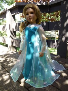 Someone asked could we do a dress like Elsa wears in Frozen.  I couldn't help it, I just had to try.  Didn't turn out too badly, did it?  (So I like to brag.  Sorry.)