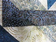 Joan at Leschenault: Labyrinth Quilt - FMQ Labrynth Quilt Pattern, Quilt Patterns, Quilting, Scrappy Quilts, Quilt Pattern, Quilting Patterns, Fat Quarters, Jelly Rolls, Quilts