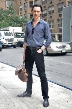 Tom Hiddleston, fashionable as always.