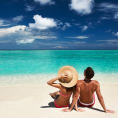 The Hotel Riu Caribe is your hotel in Cancun Beach. Book on RIU Hotels & Resorts' official website.