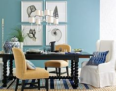 Coastal Decorating with Williams Sonoma Home. #williamssonoma #diningrooms