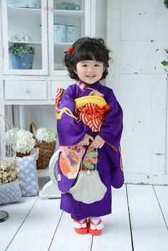 昔紫奴イメージ5 Kimono Japan, Yukata Kimono, Kimono Fabric, Japanese Geisha, Japanese Kimono, Japanese Outfits, Japanese Fashion, Cute Kids Photography, Japanese Festival