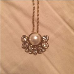Authentic GIVENCHY necklace! Gently worn Authentic GIVENCHY necklace! Gently worn. Duplicate listing bc of issues with previous order. Item has NOT yet been sold, I wasn't able to ship in time due to a family emergency. Givenchy Jewelry Necklaces