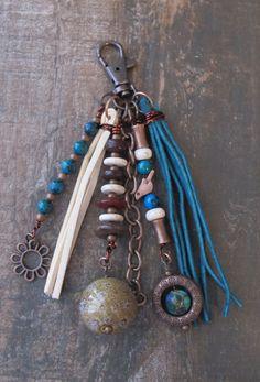 Boho Purse Charm Charm Tassel Zipper Pull Key por ThePaintedCabeza
