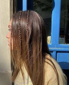 Hair Streaks, Hair Highlights, Pelo Indie, Hair Inspo, Hair Inspiration, Cabelo Inspo, Brown Blonde Hair, Blonde Dye, Aesthetic Hair