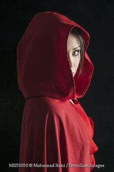 Little red riding hood #portrait #photography #woman