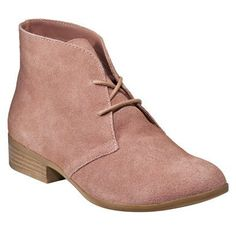 Cute and simple booties. Caitlin Van Haren 922708312