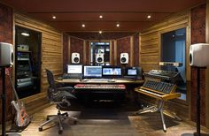 Att placera studiomonitorerna rätt är A och O för att få en korrekt ljudåtergivning.