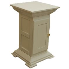 Pedestal by Cedar Ridge Woodworkers