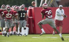 Alabama defensive back Levi Wallace (39) works through drills during ...