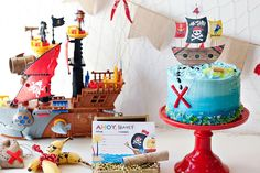 If you're on a*treasure* hunt for pirate party ideas... xmarks THISspot! ;) I'm excited to share the newPirate Birthday Party theme