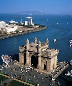 GATEWAY OF INDIA  #MumbaiMarket  http://mumbaipages.com