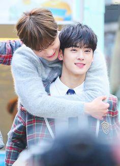 Moon Bin [문빈] and Cha Eunwoo [차은우] Cha Eun Woo, Park Jin Woo, Cha Eunwoo Astro, Astro Wallpaper, Lee Dong Min, Astro Fandom Name, Easy To Love, Cute Baby Boy, Woo Bin