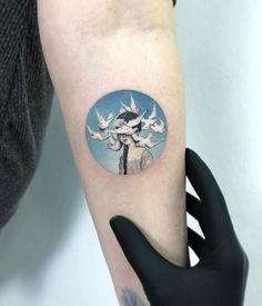 Tatuagens ilustrativas feitas em pequenos círculos por Eva Krbdk evakrbdk 19
