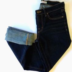 "🎉SALE🎉J Brand Straight Leg Cropped Jeans J Brand Cropped Straight Leg Jeans in 805 Ink. In excellent condition. Inseam rolled up is 23"". Size 25. ❌ NO TRADES ❌ NO PP❌ NO LOWBALLING ❌ J Brand Jeans Straight Leg"