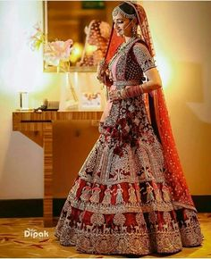 Get yourself dressed up with the latest lehenga designs online. Select your favourite from the wide range of lehenga designs Indian Lehenga, Indian Wedding Lehenga, Indian Wedding Bride, Bridal Lehenga Choli, Bridal Lehnga Red, Fall Wedding, Bridal Gowns, Indian Bridal Outfits, Indian Bridal Fashion