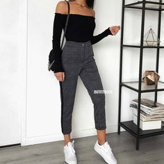MORE PICTS You can also see more ideas about cool outfits 2018 , cool outfits for teens , cool outfits plus size , cool outfits selber mache. Cute Casual Outfits, Chic Outfits, Spring Outfits, Fashion Outfits, Casual Outfits For School, Dress Outfits, Fashion Ideas, Teenager Outfits, College Outfits