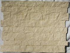 Paneles de poliuretano imitación piedra Castillo                   El panel decorativo Castillo Ocr...