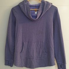 LUCY Activewear Purple Strip Hooded Sweatshirt LUCY Activewear Purple Strip Hooded Sweatshirt Size Small Lucy Sweaters