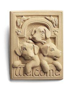 Garden Or Indoor Wall Plaque: 3 Puppies With Bunnies Welcome
