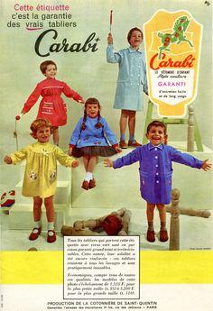 Modes et Travaux n° 705 - Septembre 1959 - c'est la rentrée des tabliers ! - publicité pour la marque Carabi