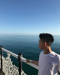 Enjoying the weather at Brighton ☀️#sunwasshining #brightonpier #sunandsea #posing #amazing #view #sunshine #family #time #pebblebeach #montereylocals #pebblebeachlocals - posted by Ethan | 12 Years https://www.instagram.com/ethanliu21 - See more of Pebble Beach at http://pebblebeachlocals.com/