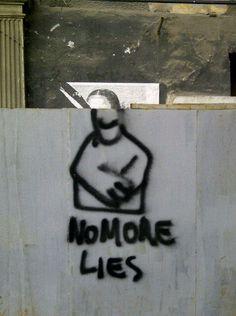 Mona Lies