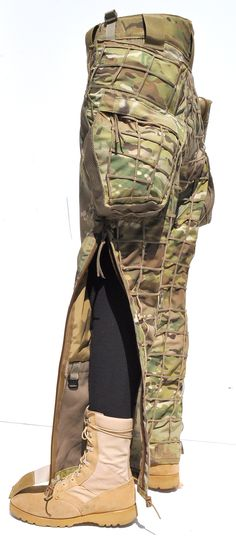 www.tacticalconcealment.com auto_resize_blowup_mobile.cfm?picurl=prod_images_blowup HabuTrouserLarge5Blowup.jpg&title=HABU%20Trouser
