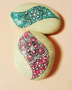 #zenrock #yogainspiration #zendoodle #art_on_the_rocks #decoronrocks #dotilism #dotting #dotart #pebbles #dotartpainting #paintingrocks #funpaintingrocks #bluerock #artstone #stonemandala #denverrockshop #artistic_unity #iartpost #etsyshop #etsy #etsyshops #rocks #dzenrock