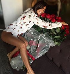 WEBSTA @lifestyle.couples Happiness😍🌹- @wealthyprofile