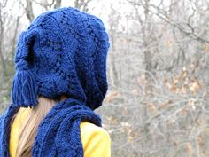 Hooded Scarf free pattern - easiest knit in the world. Quick and great for beginners.