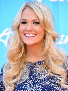 Carrie Underwood Long Hairstyle: Curls for Thin Hair