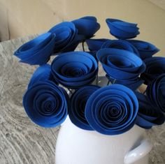 paper flowers - i think i found the color i want for our wedding! [maybe i should ask mitchell first? ^-^]