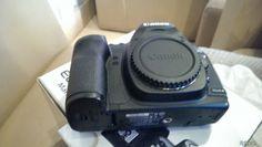 Cần cho ra đi 1 e 5dm2 và lens L cổ 28 -70 canon xách tay bên nhât về.