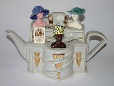 Mode de Paris Teapot