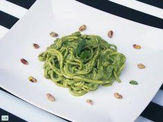 Spaghetti al Pesto di Pistacchi Primi piatti crudi - Cibocrudo il Raw Food Italiano