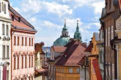 Kurz-Trip nach Prag? Super Idee! Mit diesen 10 Tipps rund um Sightseeing, Food & Drinks wird euer Mini-Urlaub zum Highlight!